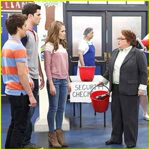 New 'Lab Rats' Tomorrow Night - Watch Exclusive Clip!