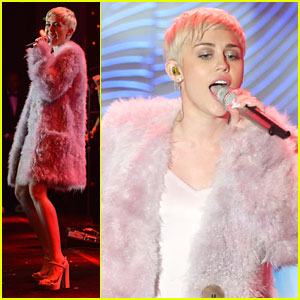 Miley Cyrus: Clive Davis' Pre-Grammys Gala Performance Pics & Video