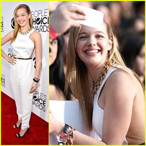 Sadie Calvano: Fan Pics at People's Choice Awards 2014