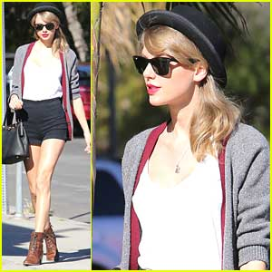 Taylor Swift: Melrose Lunch Meeting