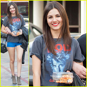 Victoria Justice: 'Eye Candy' Lunch Outing!