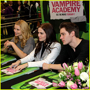 Zoey Deutch & Lucy Fry: 'Vampire Academy' Meet & Greet with Dominic Sherwood