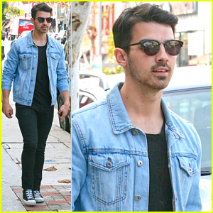 Joe Jonas Runs Late To Lunch with Paris Carney & Greg Garbowsky