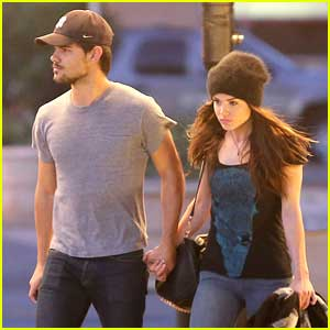 Taylor Lautner & Marie Avgeropoulos: Late Night Date Night