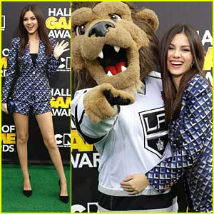 Victoria Justice: Hall of Game Awards 2014