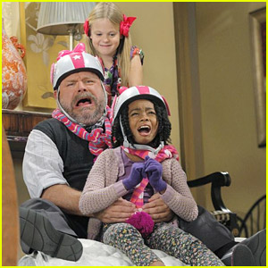Skai Jackson: Mattress Surfing on 'Jessie' with Kevin Chamberlin