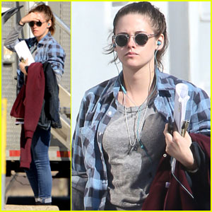 Kristen Stewart Hits the Beach During Winter for 'Still Alice' Scenes
