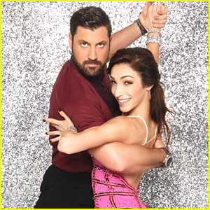 Maksim Chmerkovskiy Dotes on DWTS Partner Meryl Davis: 'I'm Having a Blast With Her'