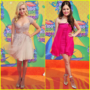 Peyton List & Kelli Berglund: Pretty in Pink at the Kids' Choice Awards 2014!