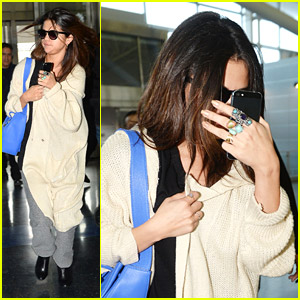 Selena Gomez Jets Out of NYC After Commercial Shoot