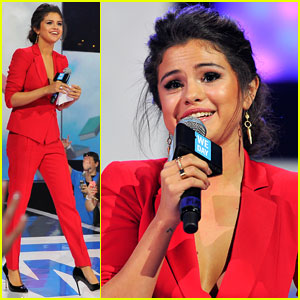Selena Gomez Gives Inspiring Speech About Being Yourself at We Day - Watch Now!