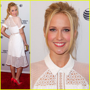 Anna Camp Says 'Goodbye To All That' at Tribeca 2014