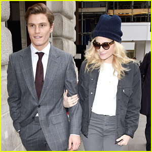 Pixie Lott & Oliver Cheshire: Monday Morning Stroll After Mother's Day Celebrations