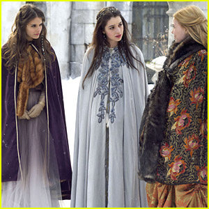 Adelaide Kane & Caitlin Stasey: Snowball Fight on 'Reign'!