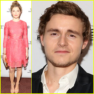 Zoe Levin & Callan McAuliffe: 'Beneath the Harvest Sky' Premiere at Tribeca 2014!