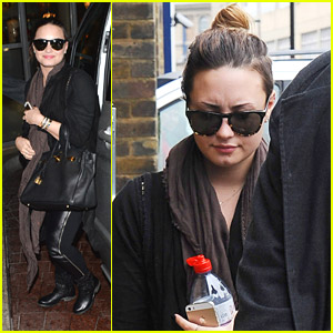 Demi Lovato Thanks Paps After Meeting Her Fans in London