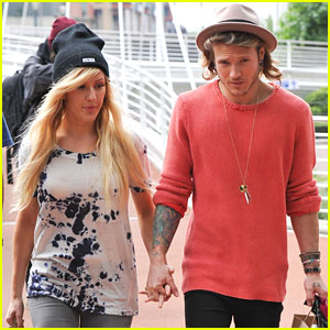 Ellie Goulding & Dougie Poyner Sport More PDA While Shopping Together!