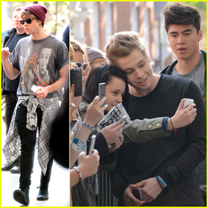 5 Seconds of Summer Drop 'Amnesia' Lyric Video - Watch Now!
