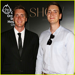 Oliver and James Phelps (twins) couple