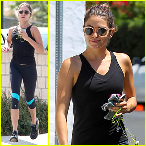 Nikki Reed Goes For Solo Jog After Setting Off Ian Somerhalder Dating Rumors Over The Weekend