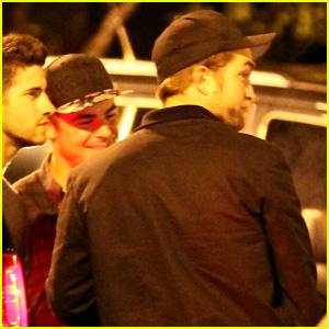 Zac Efron & Robert Pattinson are Bowling Buddies!
