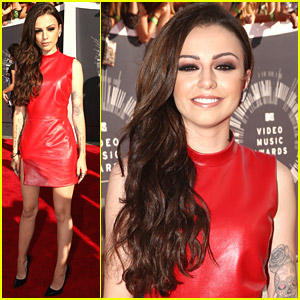 Cher Lloyd Gets Into Accident On Way to MTV VMAs 2014!
