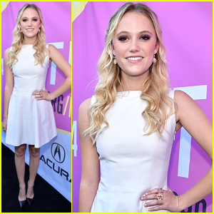 Maika Monroe Joins Chloe Moretz & Nick Robinson in 'The 5th Wave' Film Adaptation