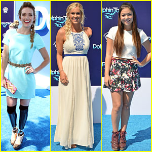 Amy Purdy & Bethany Hamilton Get All Dressed Up for 'Dolphin Tale 2' Premiere!