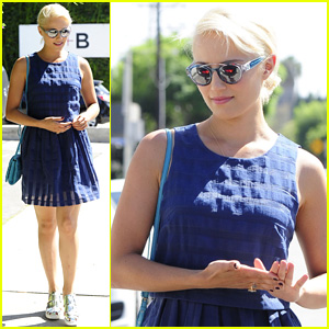 Dianna Agron's New Platinum Blonde Hair Glistens in the Sun