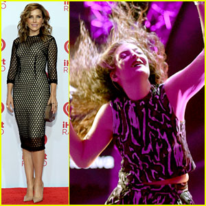 Lorde Gets Introduced to the iHeartRadio Stage by Sophia Bush!