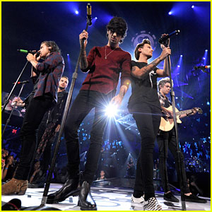 One Direction Lost All Their Money Before Performing at iHeartRadio Music Festival - Watch Here!