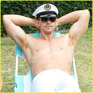 Jason Dohring Goes Shirtless in 'Play It Again, Dick' Premiere!