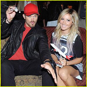 Ashley Tisdale & Kellan Lutz Hit Virgin America Dallas Love Field Launch