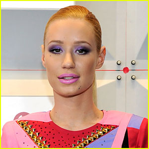 Iggy Azalea Gives Fans an Update on Her 'Divorce'