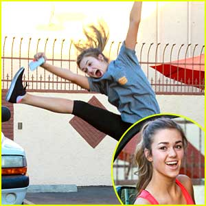 Sadie Robertson Is Worried About The DWTS Switch Up!