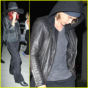 Vanessa Hudgens & Austin Butler Try to Go Unnoticed at Lorde's Concert