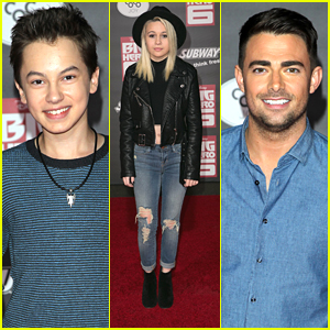 Hayden Byerly & Jonathan Bennett Check Out The Superheroes of 'Big Hero 6'
