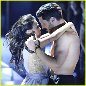 Janel Parrish & Val Chmerkovskiy Show Off 'DWTS' Chemistry in Finals - See the Pics!