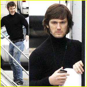 Alex Pettyfer Debuts a New Look for 'Elvis' Movie!