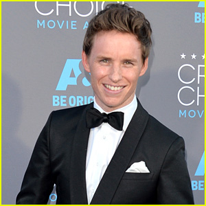 Eddie Redmayne Makes Us Swoon at Critics Choice Awards 2015!