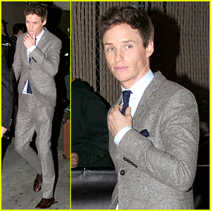 Eddie Redmayne Loves 'Friends', Met Jennifer Aniston at SAG Awards 2015