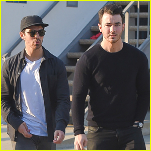 Kevin & Joe Jonas Grab Lunch In Los Angeles
