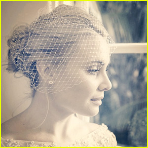 Leah Pipes is a Gorgeous Bride in Her Newly-Released Wedding Photos!
