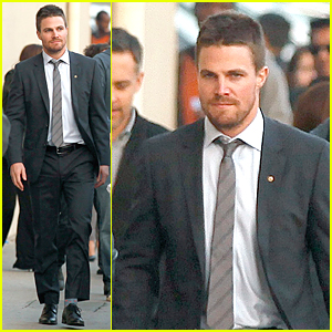 Stephen Amell Reveals His First Job on 'Jimmy Kimmel Live' - Watch Now!