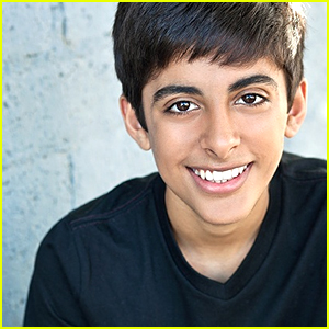 JJJ Valentine's Day: Karan Brar Is Planning Something Special For His Mom!