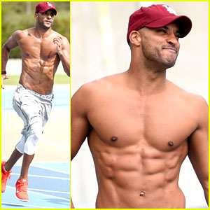 Ricky Whittle Shows Off Shirtless Buff Body During Workout With Jade Johnson