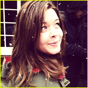 Sasha Pieterse Has Brown Hair Now!