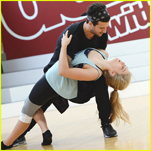 Willow Shields & Mark Ballas Will Cha Cha to Meghan Trainor's 'Lips Are Movin'