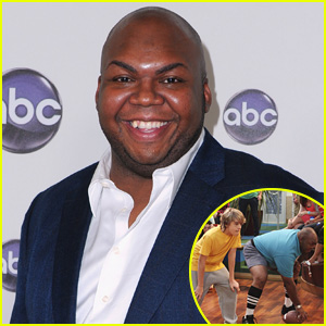 Cole Sprouse, Debby Ryan, & More Mourn The Suite Life's Windell D. Middlebrooks