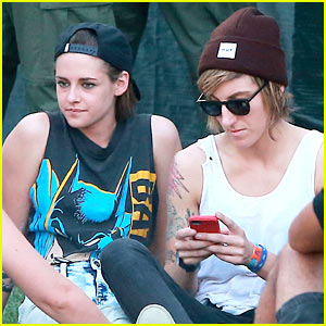 Kristen Stewart Enjoys Coachella's Final Day with Alicia Cargile